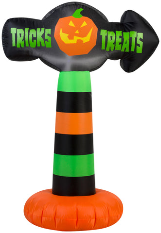 "3.5' Airblown Sign ""Tricks and Treats"" Halloween Inflatable"