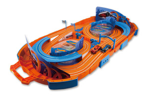 1:64 Hot Wheels Slot Track with Carrying Case - 9.1 ft (battery operated)