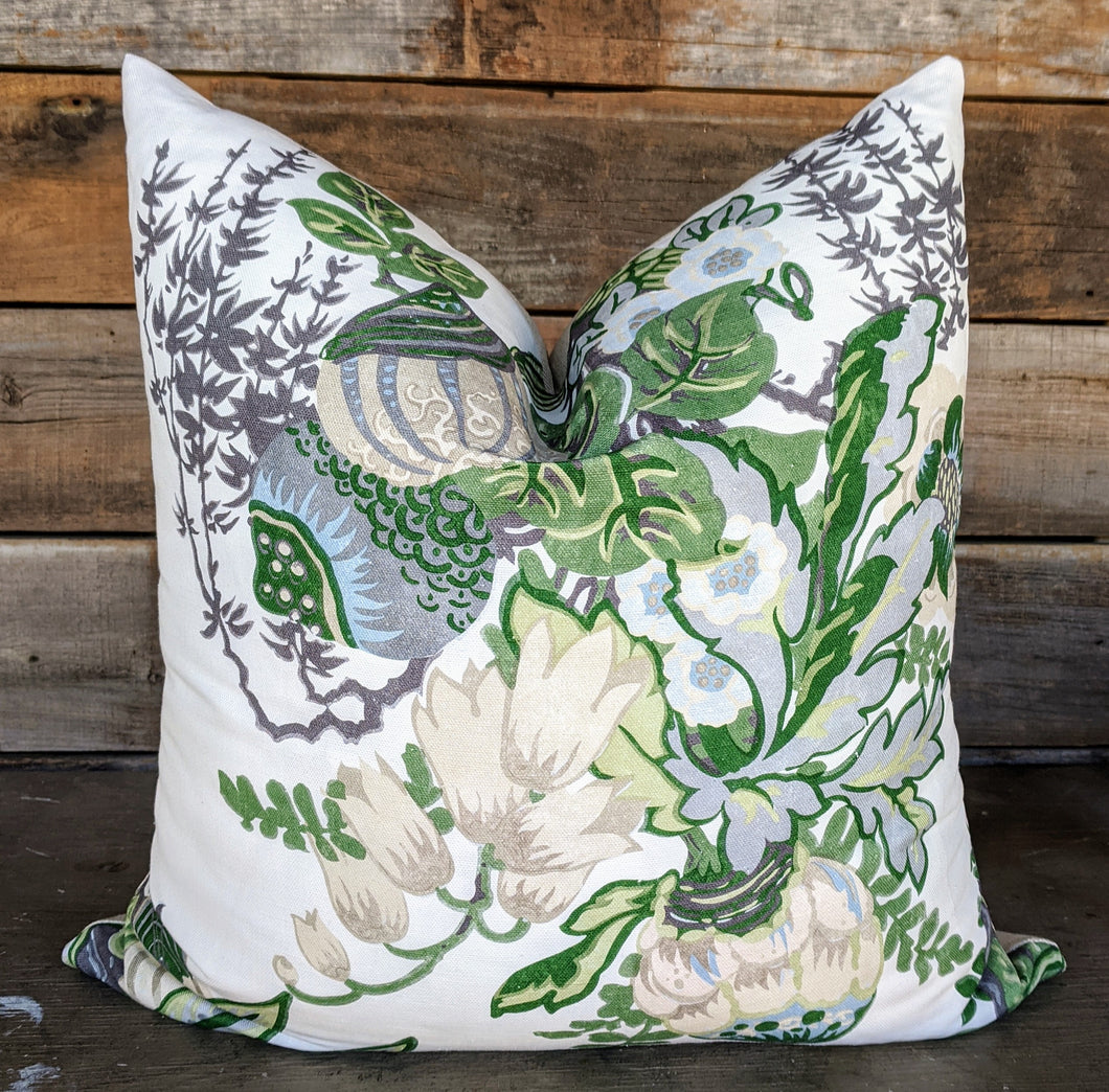fairbanks // thibaut // bright decor // green pillows