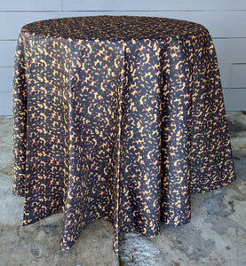 tortoise print skirted tablecloth // tablecloth