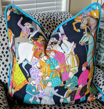Load image into Gallery viewer, manuel canovas // dara // noir // toile pillows // chinoiserie