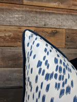les touches // kravet // brunschwig fils // geometric pillows