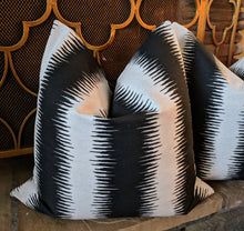 Load image into Gallery viewer, jiri ink flax pillow covers // abstract pillows // tribal decor // black and white