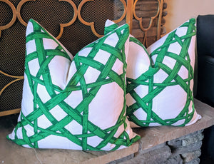 thibaut cyrus cane // cane print pillow // kelly green // chinoiserie decor // designer fabric