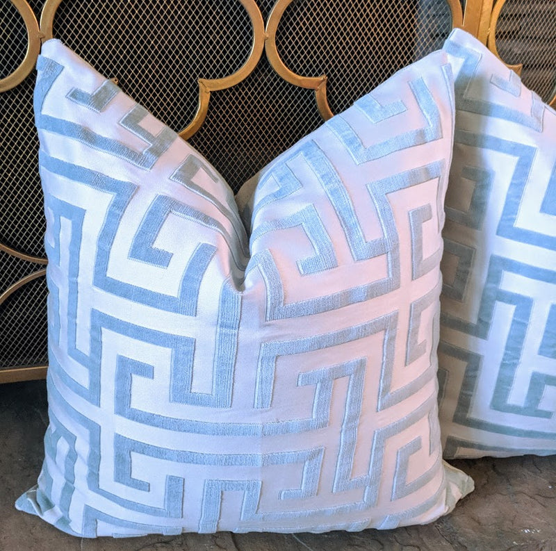 Ming trail thibaut // velvet pillows // Greek key pillows // chinoiserie decor