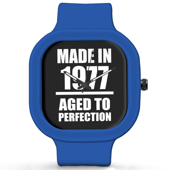 Unisex Men And Women Wrist Watch India | Born in 1977 Aged To Perfection Silicone Unisex Wrist Watch For Men And Women Online India