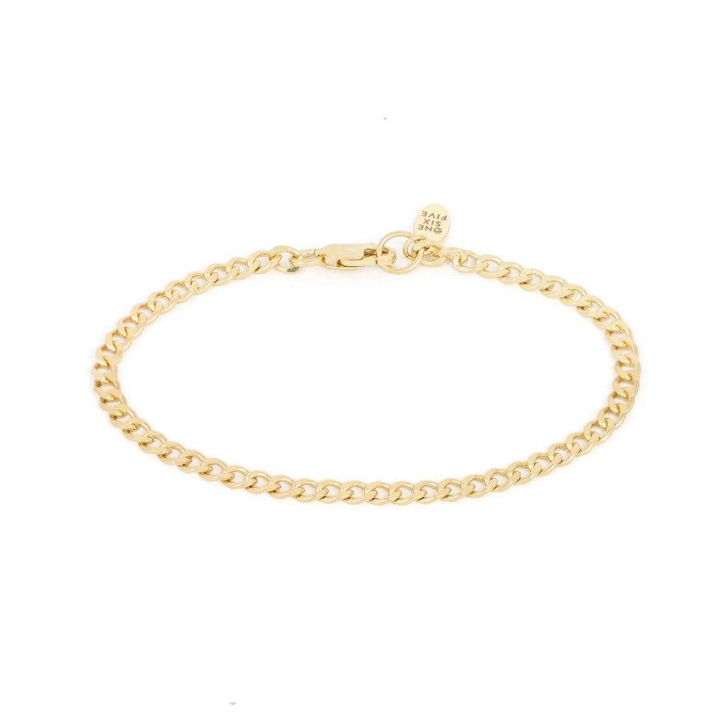 layering simple everyday curb chain bracelet
