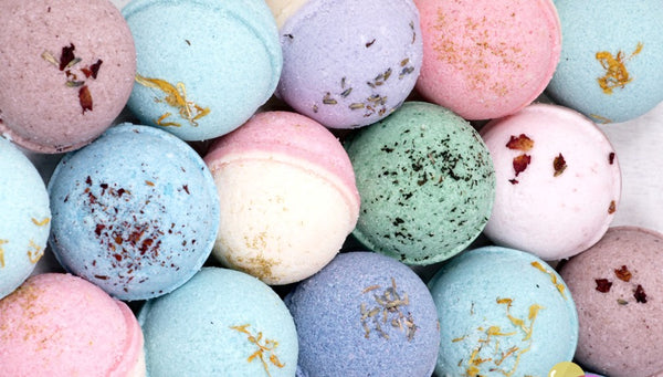Bath Bomb Co- 100% Natural Canadian Bath Bombs!
