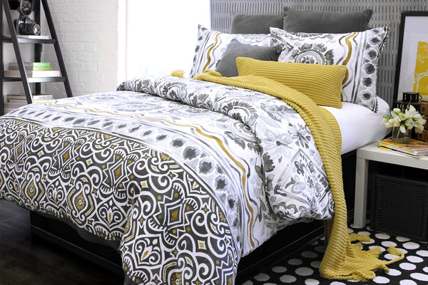 Alamode- Glaser Duvet Cover & Shams, Queen
