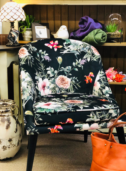 "Style in Form ""BREE FLORAL"" Side Chair"