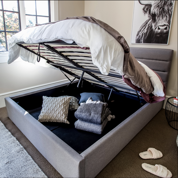 Style-in-Form Storage Bed/Justin Grey