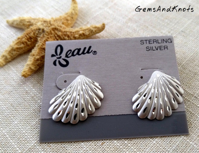Vintage Beau Sterling Silver Seashell Earrings