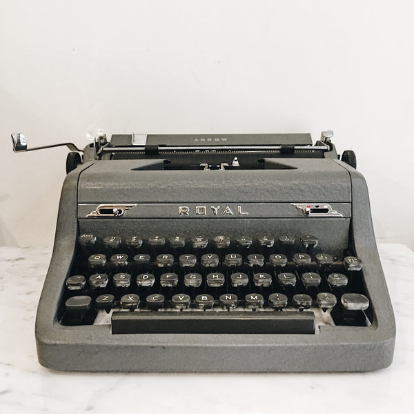 Vintage Royal Deluxe Charcoal Grey Typewriter