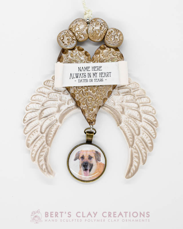 Pet Remembrance - With Golden Paw Heart