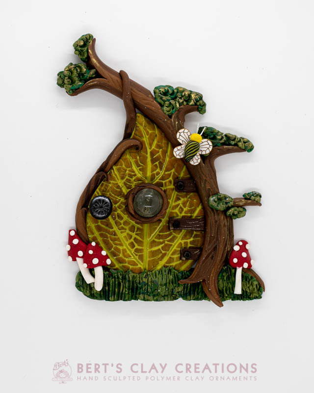 Enchanted Wonderland - Toadstool Fairy Door Ornament