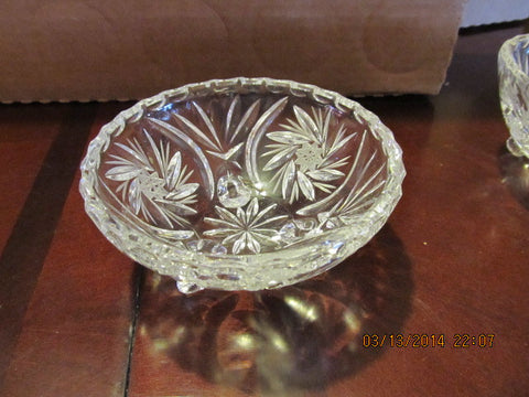 VINTAGE CRYSTAL FOOTED ROUND CANDY OR NUT DISH - Andres James Vintage Boutique - 1
