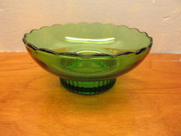 VINTAGE E.O. BRODY GREEN GLASS BOWL M 222 MADE IN CLEVELAND OHIO - Andres James Vintage Boutique - 1