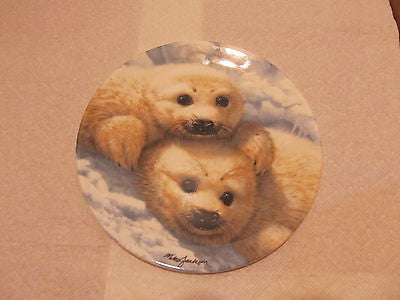 1990 BABY SEAL DECORATIVE PLATE BY ARTIST MIKE JACKSON BRADEX # 26-C63-11 - Andres James Vintage Boutique