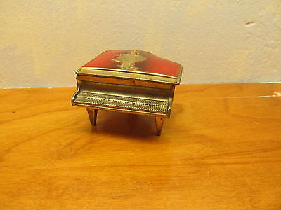 VINTAGE METAL PIANO RING HOLDER MADE IN OCCUPIED JAPAN - Andres James Vintage Boutique - 1