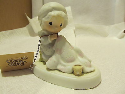 "PRECIOUS MOMENTS ""LOVE COVERS ALL"" # 12009 EXCELLENT CONDITION - Andres James Vintage Boutique"