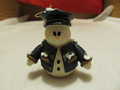 POLICEMAN TREE ORNAMENT FIGURINE - Andres James Vintage Boutique