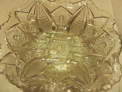 VINTAGE CRYSTAL FRUIT BOWL WITH SCALLOPED EDGES - Andres James Vintage Boutique - 1