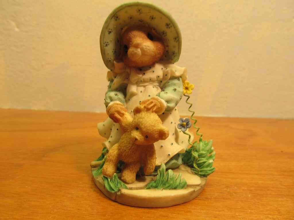 1998 Enesco Girl Mouse Figurine # 201218 Priscilla's Mouse Tales