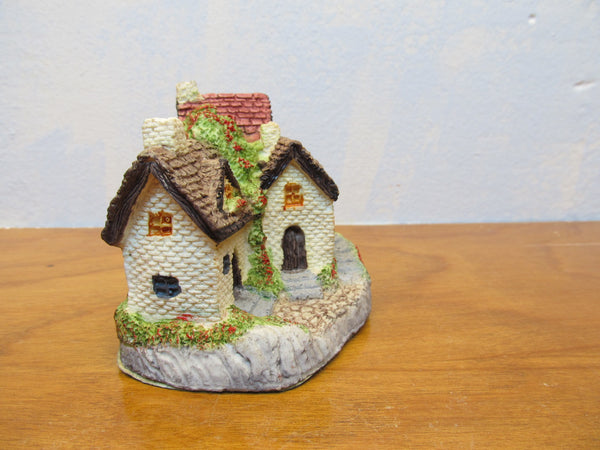 SMALL DECORATIVE COTTAGES - Andres James Vintage Boutique - 3