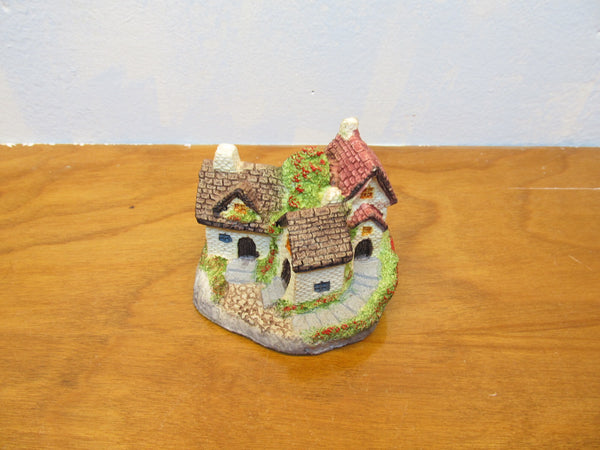 SMALL DECORATIVE COTTAGES - Andres James Vintage Boutique - 1