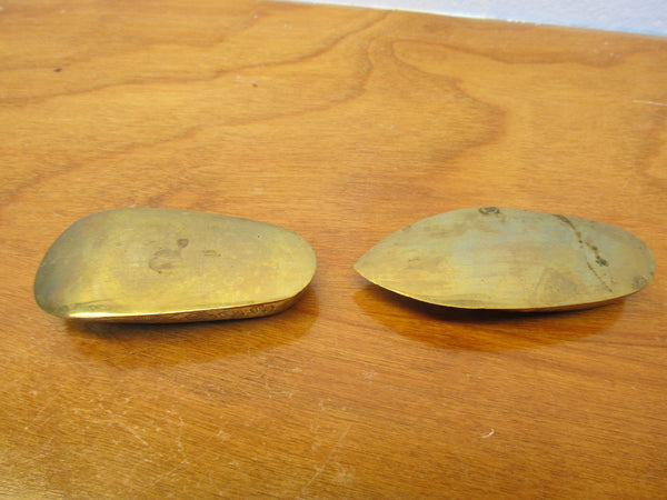 VINTAGE BRASS JUTTI ASHTRAYS MINIATURE SET - Andres James Vintage Boutique - 5