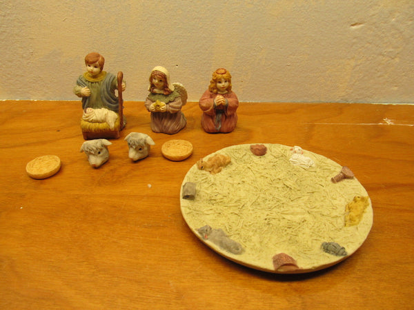 CHILD'S NATIVITY TEA SET - Andres James Vintage Boutique