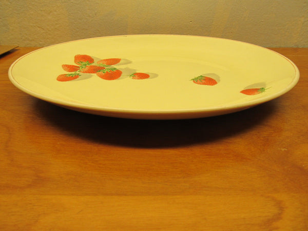 yellow strawberrie serving dish # 191-A Cavit and Shaw division of W.S. George - Andres James Vintage Boutique - 2