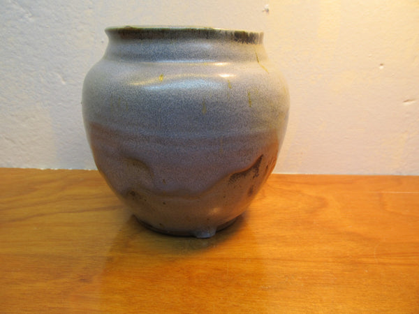 BEAUTIFUL POTTERY VASE FROM FOLNEY, ALABAMA - Andres James Vintage Boutique