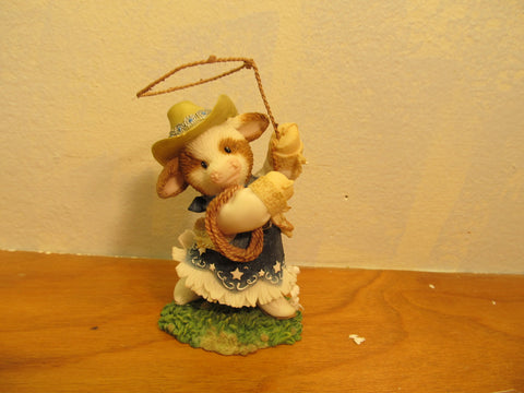 Enesco Mary Moo-Moos Cowgirl with lasso