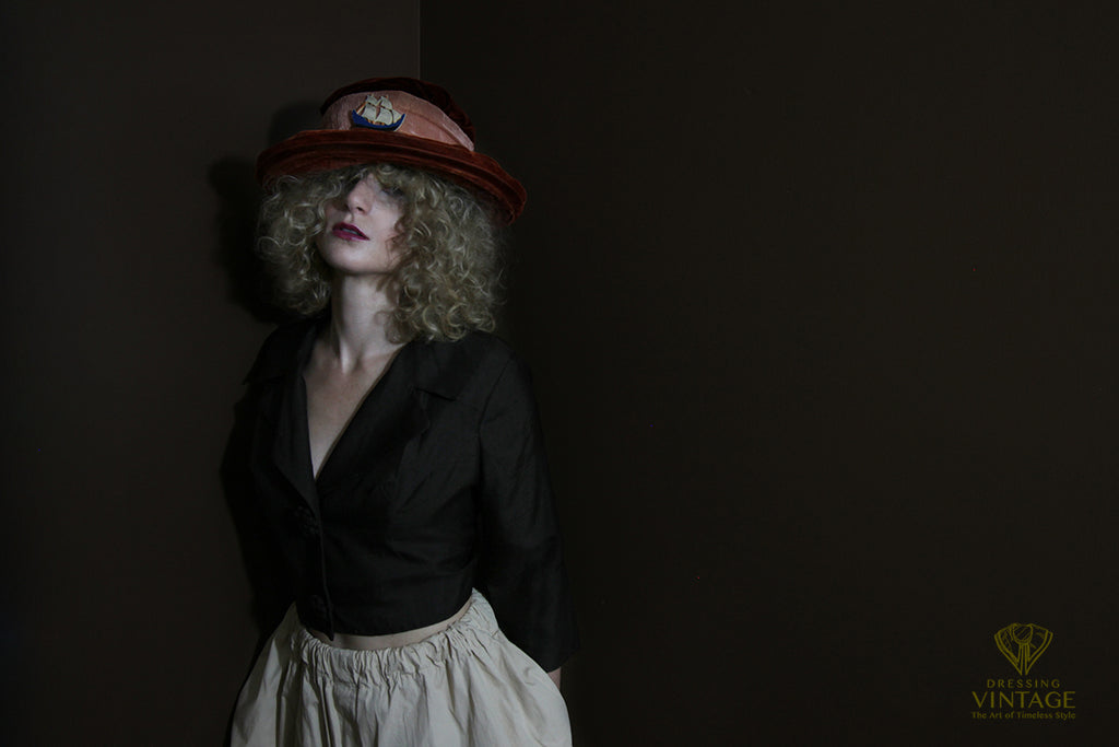 Edwardian velvet hat from www.DressingVintage.com