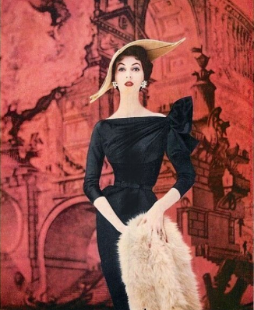Rudolf designer dress in an Enka rayon ad from 1954