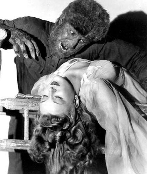 Lon Chaney Jr. and Evelyn Ankers in The Wolf Man 1941