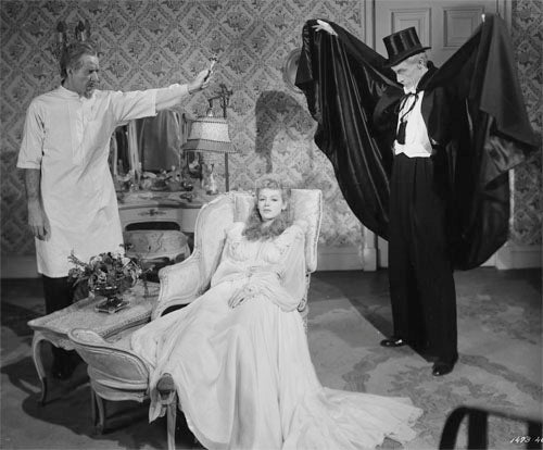House of Dracula 1945 Martha O'Driscoll in Vera West Nightgown