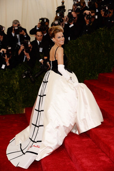 Sarah Jessica Parker in an Oscar de la Renta gown at the 2014 Met Gala for the Costume Institute Charles James exhibit opening.