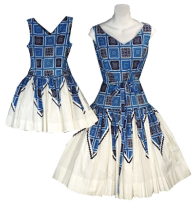 Vintage Mother Daughter matching dresses from the 1950s - available at dressingvintage.com