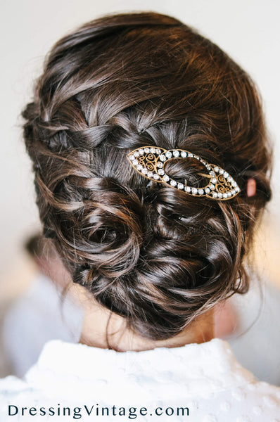 Vintage shoe buckle as unique bridal hairpiece