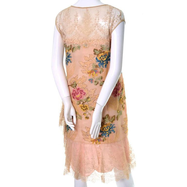 1920's Embroidered vintage dress with lace