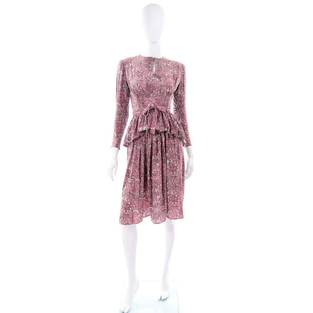 1940s Pink Toile Novelty Print Vintage Dress