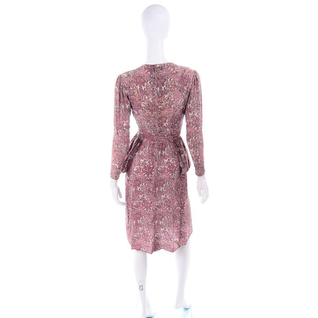 1940s Novelty Toile Print Mauve Pink Vintage Dress w Peplum  & Sash