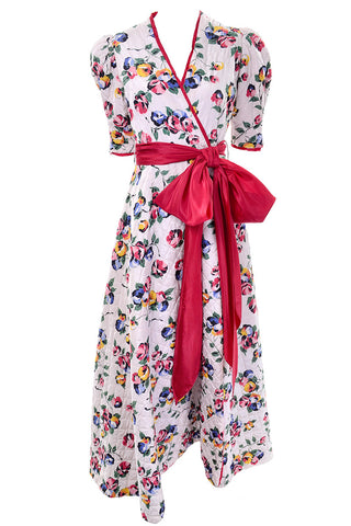 Birds and Rooster Yellow Novelty Print Vintage Dress