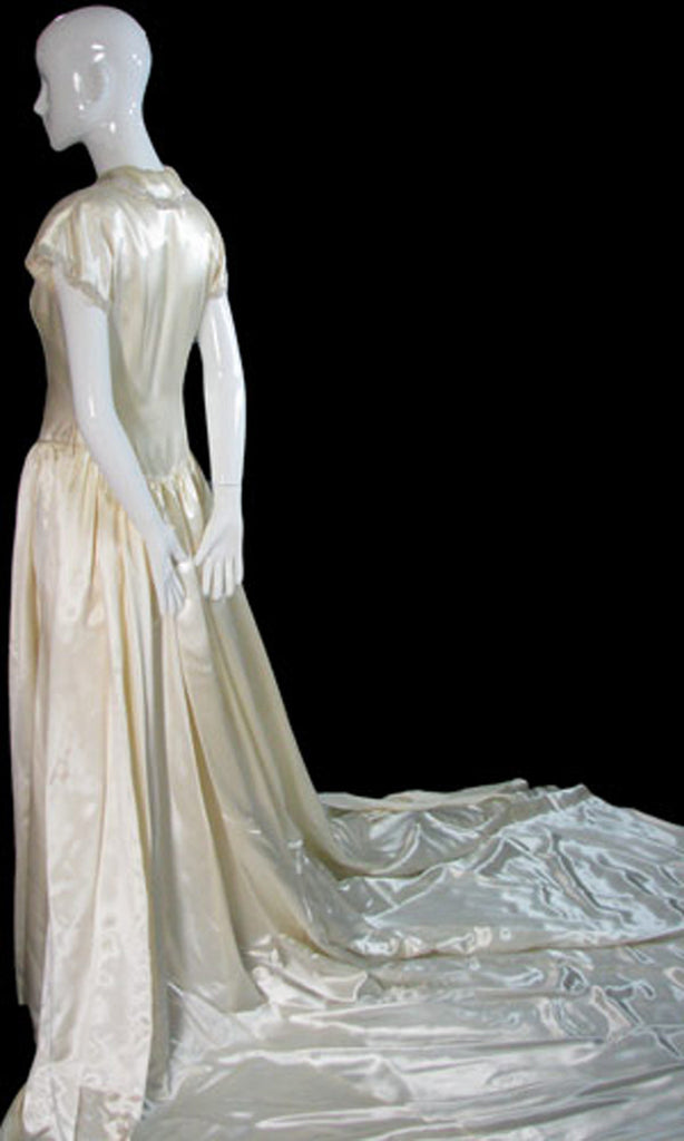 beaded 1940s wedding gown with gloves