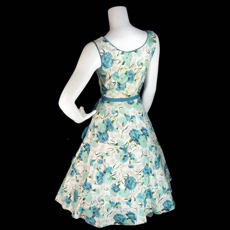 1950's Blue Floral Sleeveless Sundress with Bows