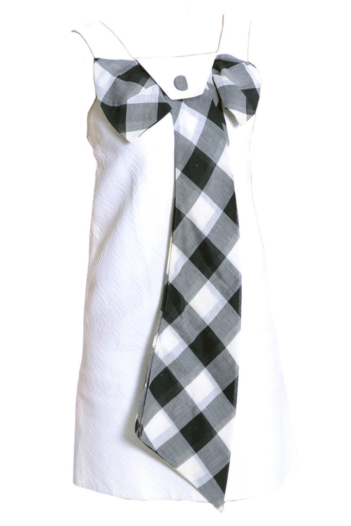 White mod dress with plaid bow