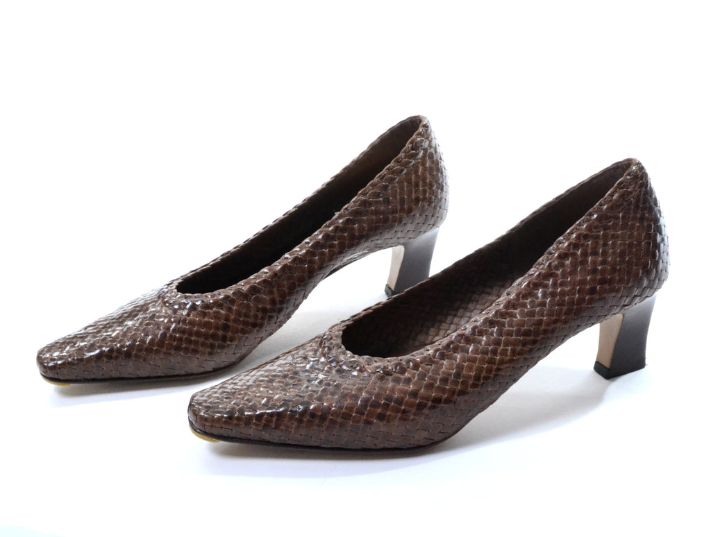 71ce1a9d686e ... 1980 s Woven Brown Leather Heels John Martin Size 9 - Dressing Vintage  ...
