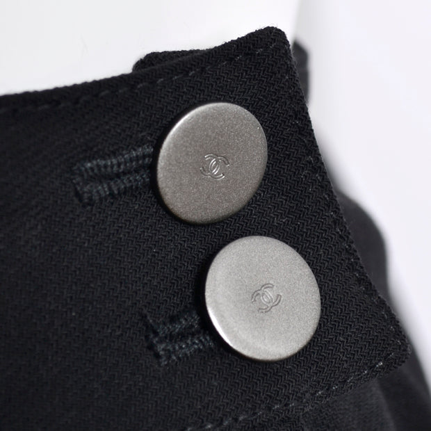 Logo buttons on Chanel authentic vintage pants